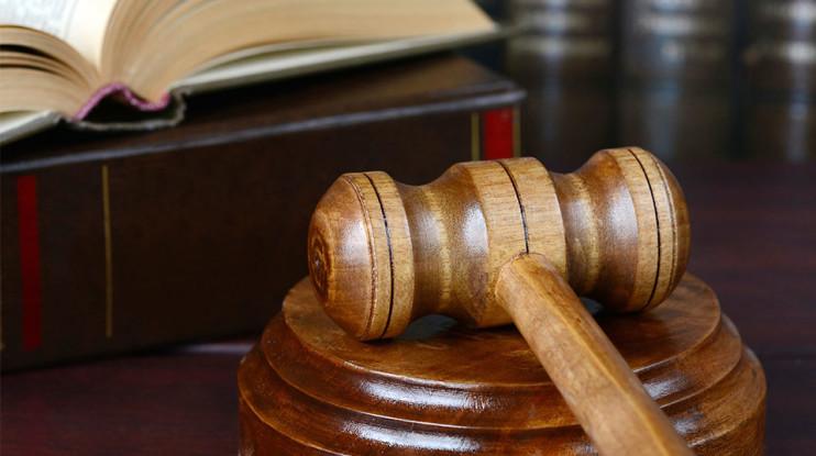 civil litigation, criminal law, defense attorney, family law, court room